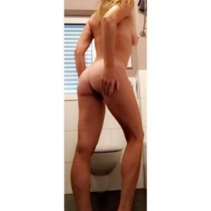 CheekyPussy69's Ass image