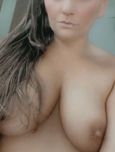 LucyLou's Boobs image