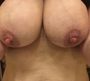 Redcantwell13's Boobs image
