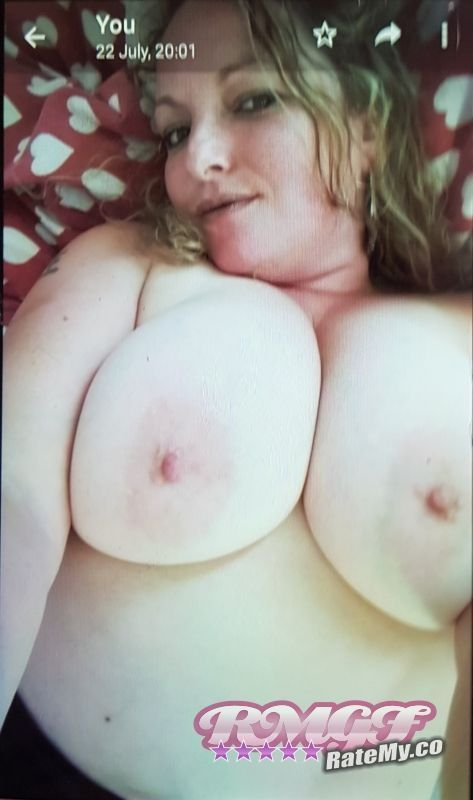 Sarahmarie84's Boobs image