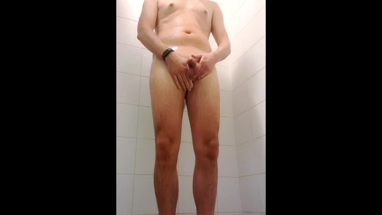 Playing in the shower (2) (homemade video)